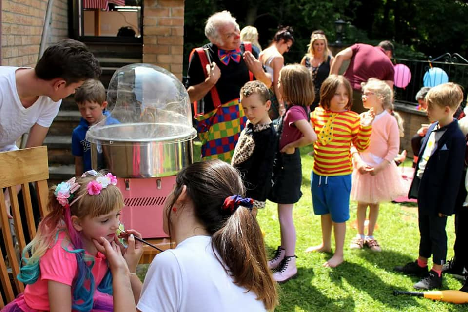 animal club offer candy floss at animal party